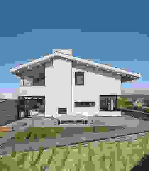 BNLA architecten Mediterranean style house