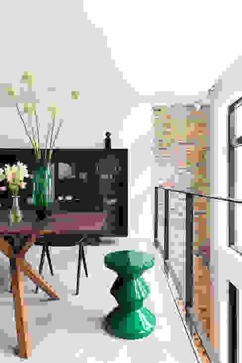 Modern Dining Room by BNLA architecten Modern