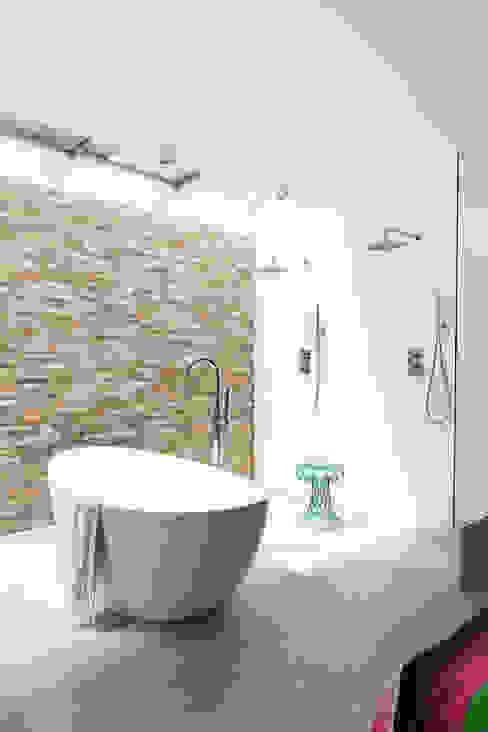 Modern Bathroom by BNLA architecten Modern