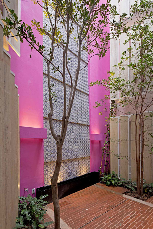 Tường by Boué Arquitectos