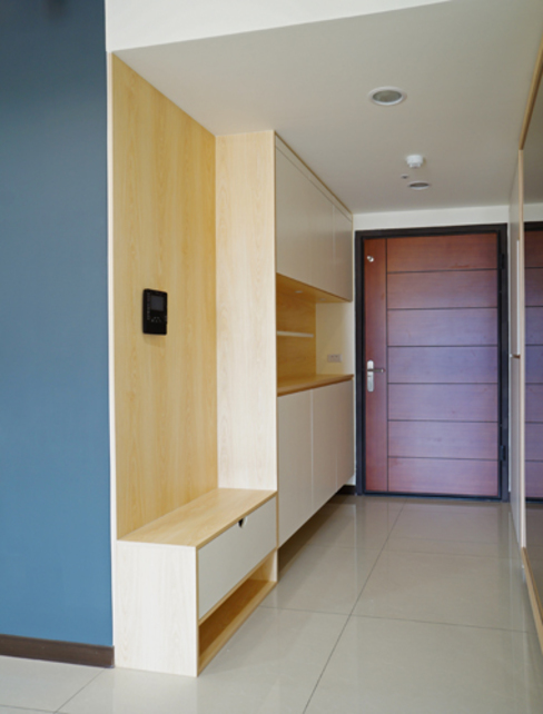 客廳/玄關 ISQ 質の木系統家具 現代風玄關、走廊與階梯