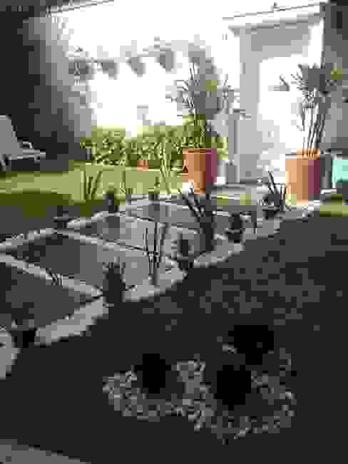 detalhe conjunto buchinhos STUDIO ROCHA ARQUITETURA E DESIGN DE INTERIORES Jardins modernos