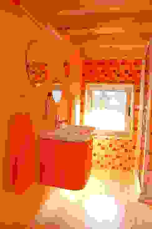 Ванные комнаты в . Автор – Rusticasa,