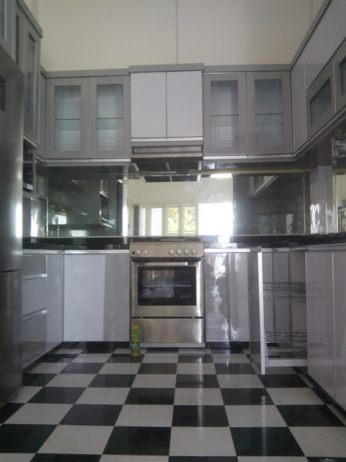 Kitchen Set Perumahan Villa Puncak Tidar Malang the OWL KitchenCabinets & shelves