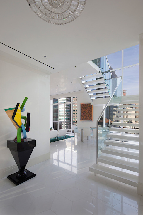 Park Avenue Duplex andretchelistcheffarchitects Modern Corridor, Hallway and Staircase