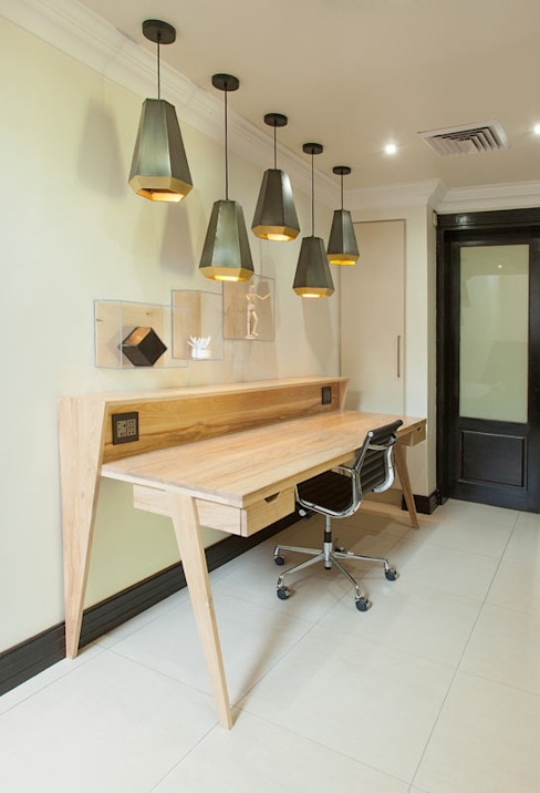 House Ramchurran :  Study/office by Redesign Interiors, Modern