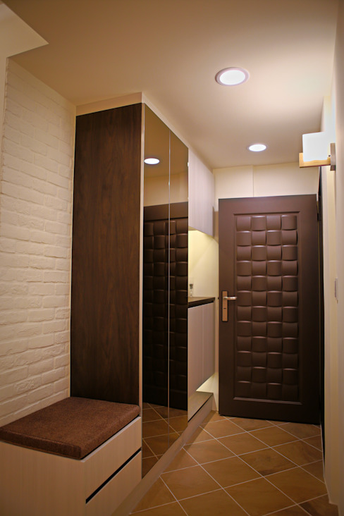 Koridor & Tangga Modern Oleh 耘州室內裝修有限公司 Modern