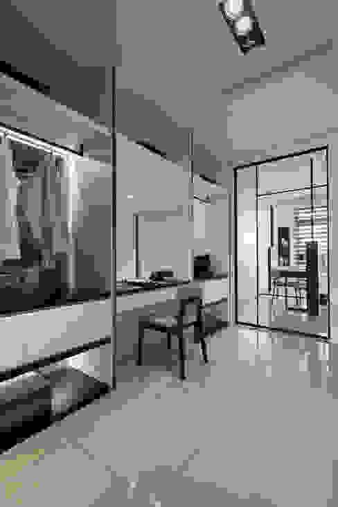 最簡單的黑白,卻藏著最精彩的語彙 楊允幀空間設計 更衣室