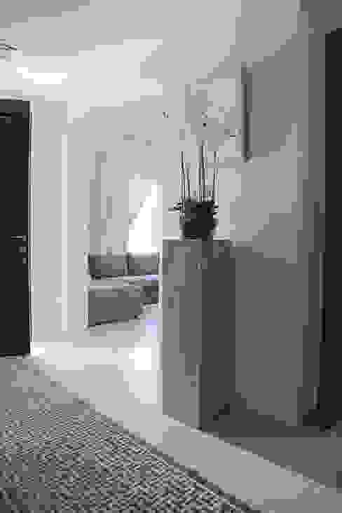Alma Home Harf Noon Design Studio إنتقائي، أسلوب، الرواق، رواق، &، درج