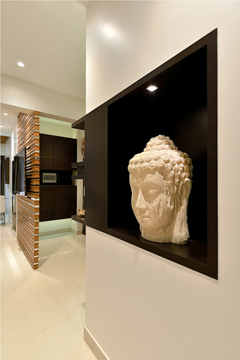 Living room- Wall niche- Residence at DLF Phase IV, Gurugram Modern walls & floors by homify Modern Wood Wood effect