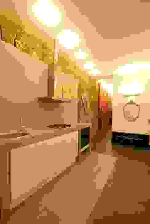 silvestri architettura Modern kitchen Grey