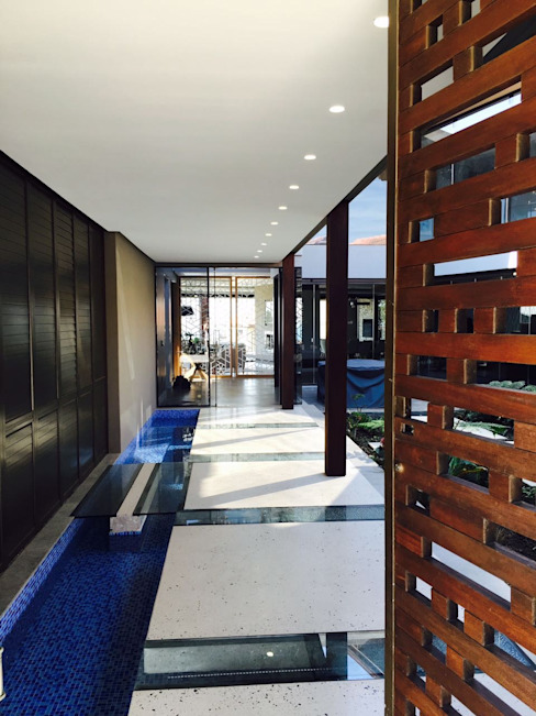 Izinga Park, Umhlanga Modern Corridor, Hallway and Staircase by Urban Create Design Interiors Modern