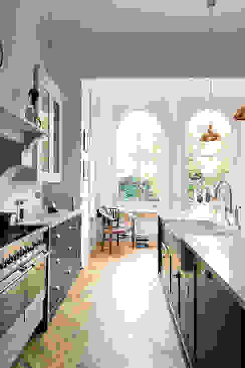 The Crystal Palace Kitchen by deVOL deVOL Kitchens Keukenblokken Blauw