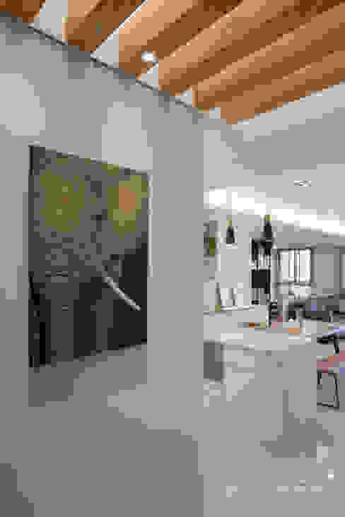 玄關 根據 極簡室內設計 Simple Design Studio 簡約風