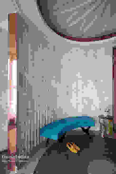 Corridor & hallway by 相即設計室內裝修有限公司, Modern