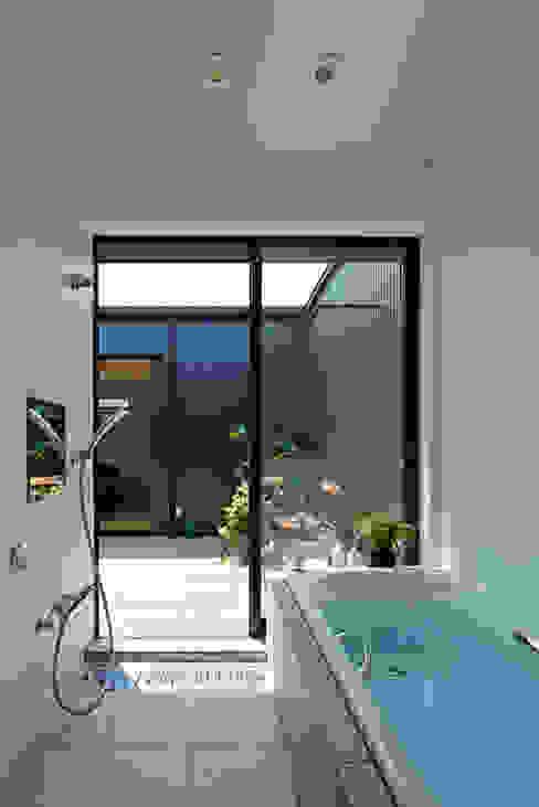 Phòng tắm by arc-d