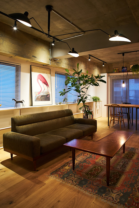 Eclectic style living room by .8 / TENHACHI Eclectic
