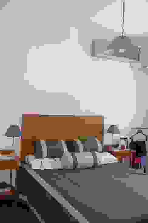 Dormitorios de estilo escandinavo de ECOS DE SOL (Ingeniería y Construcción) Escandinavo