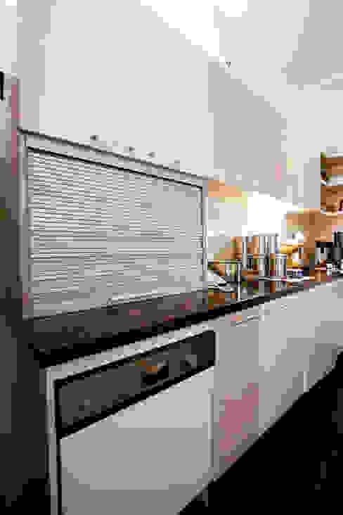 1st Floor Kitchen by The Workroom Modern