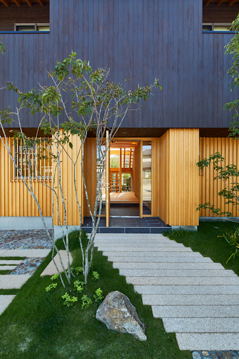 Rumah by 梶浦博昭環境建築設計事務所