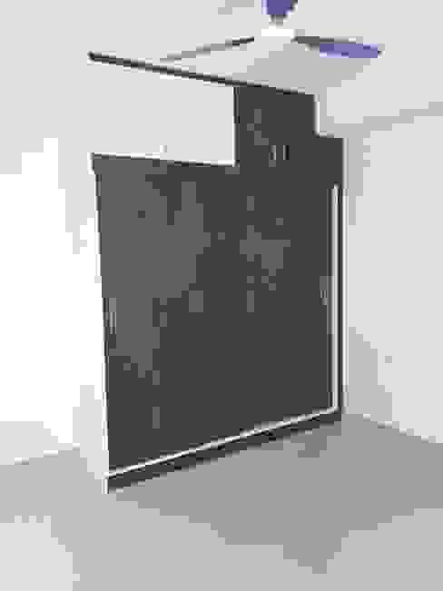 Cupboard Online Shopping Modern style bedroom by homify Modern