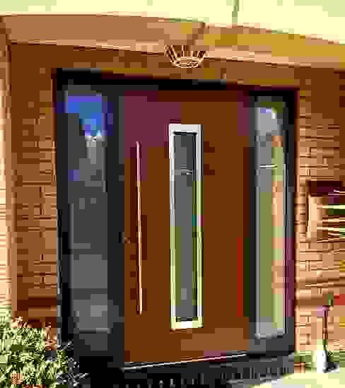 General Images 根據 RK Door Systems 現代風 鋁箔/鋅