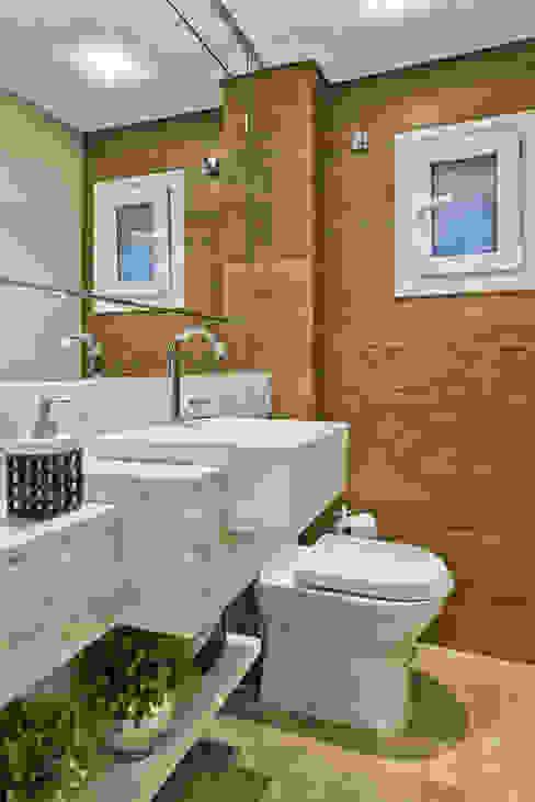 lavabo Banheiros escandinavos por Ana Crivellaro Escandinavo Pedra