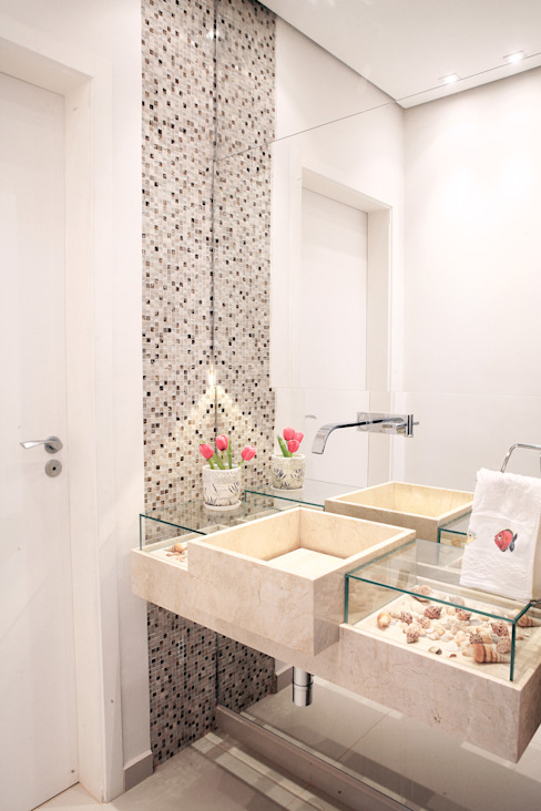 Modern style bathrooms by Fernanda Quelhas Arquitetura Modern