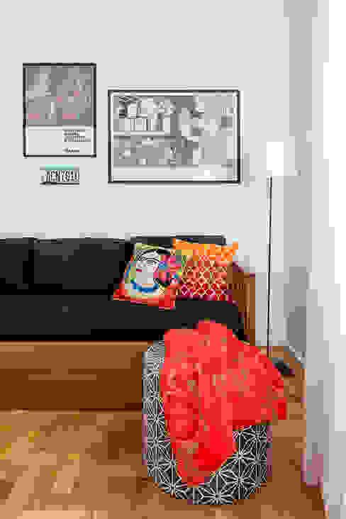 Kika Tiengo Arquitetura Eclectic style bedroom