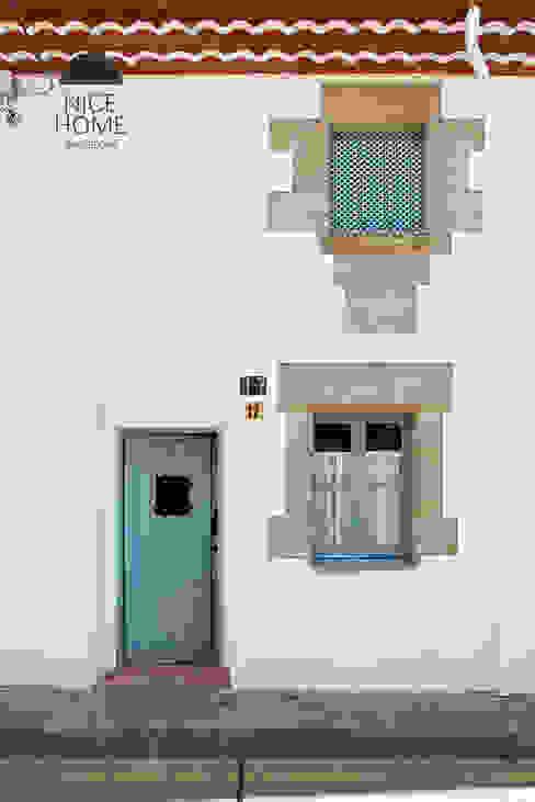 Nhà phong cách Địa Trung Hải bởi Nice home barcelona Địa Trung Hải