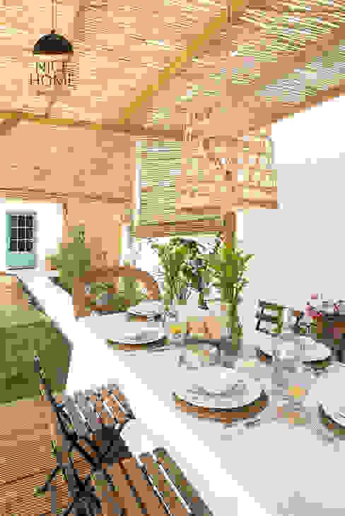 Vườn phong cách Địa Trung Hải bởi Nice home barcelona Địa Trung Hải