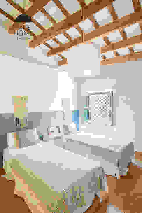 Phòng ngủ phong cách Địa Trung Hải bởi Nice home barcelona Địa Trung Hải
