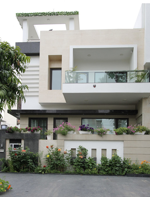Casas modernas de Conarch Architects Moderno