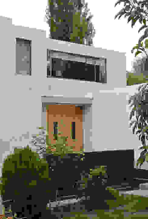 Casa Lo Cañas Casas de estilo mediterráneo de AtelierStudio Mediterráneo