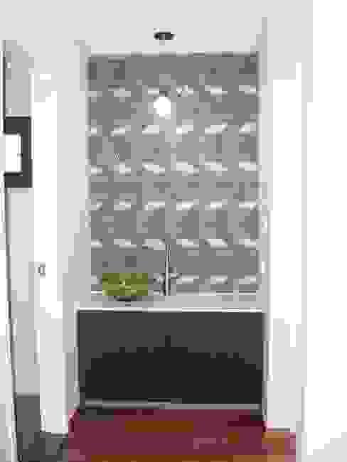Phòng tắm phong cách hiện đại bởi 피앤이(P&E)건축사사무소 Hiện đại