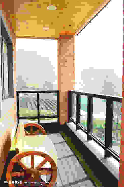 Casas de campo de estilo  por W-HOUSE,