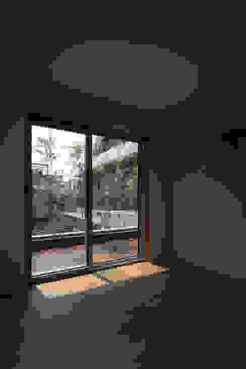 Salas multimedia de estilo moderno de 서가 건축사사무소 Moderno