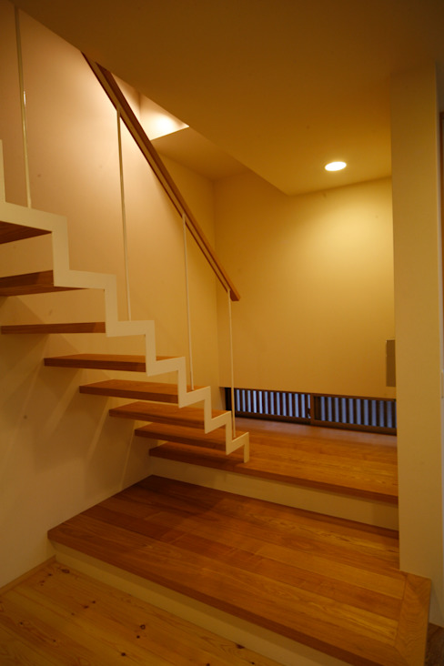 Stairs by Y.Architectural Design, Modern Solid Wood Multicolored