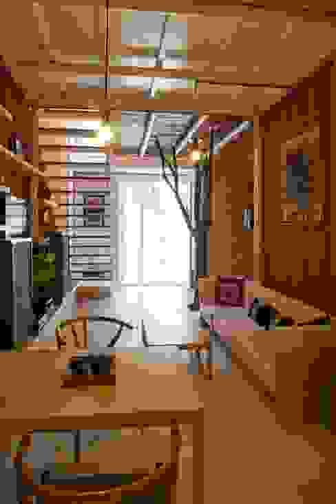 a21studĩo 现代客厅設計點子、靈感 & 圖片