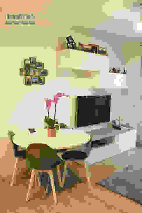 Un piccolo nido per due OficinaVivienda _ architettura I interior design Sala da pranzo moderna Bianco