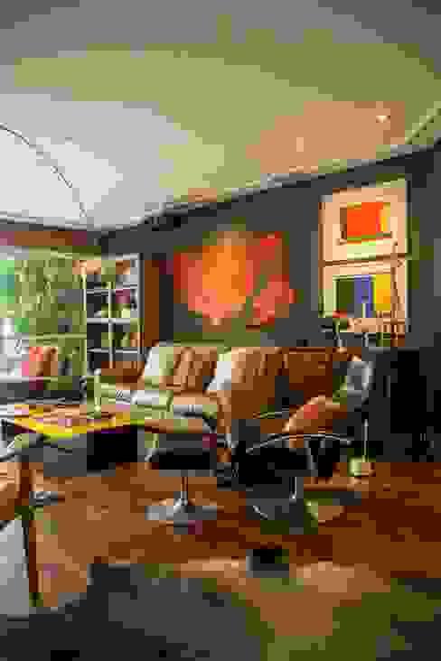 Cristina Szabo Designer de Bem-Estar Ruang Keluarga Gaya Eklektik