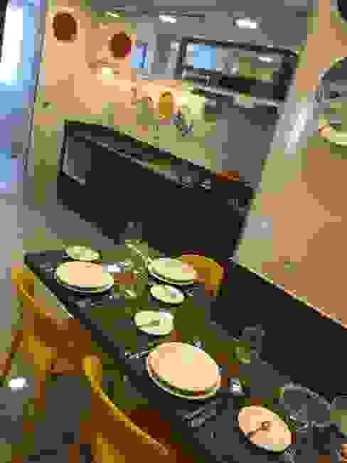 Cozinha profissional: Cozinhas  por Costa Lima Arquitetura Design e Construções Ltda