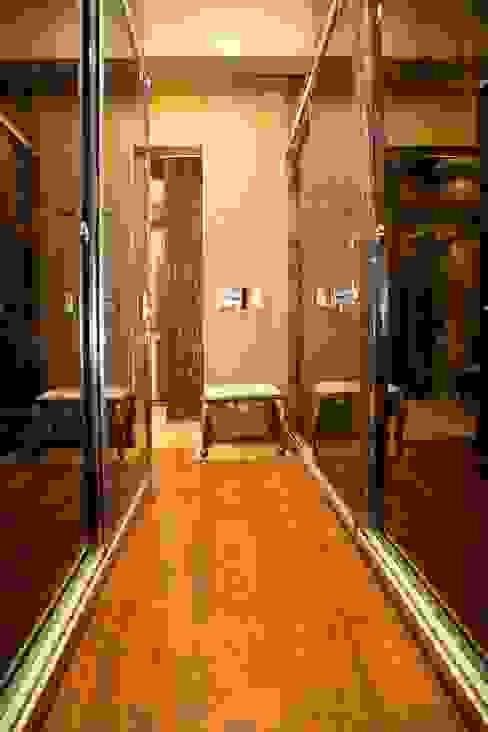 Ms. Suman, Chembur Modern dressing room by Aesthetica Modern