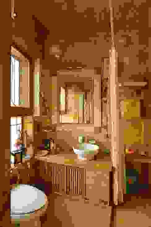 Green House Tribuz Interiors Pvt. Ltd. Eclectic style bathroom