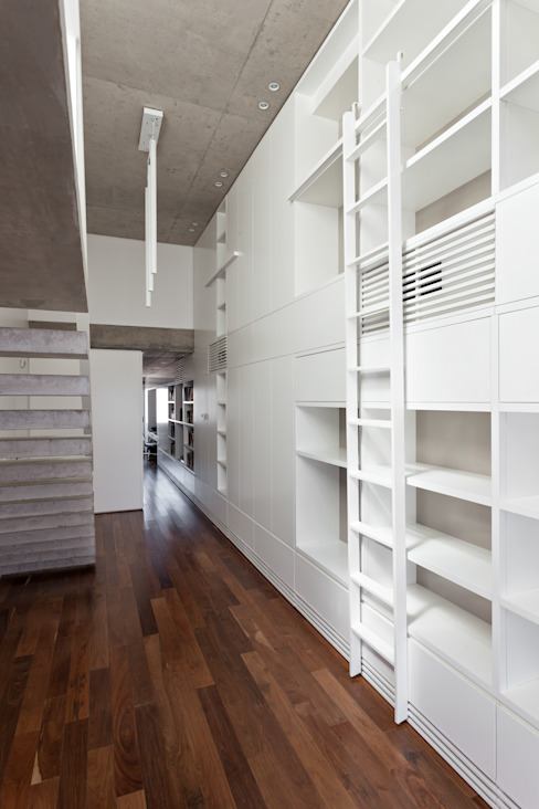 ATV14 / Ravignani 2170 Livings modernos: Ideas, imágenes y decoración de ATV Arquitectos Moderno