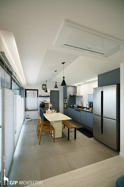 Kitchen by GIP,