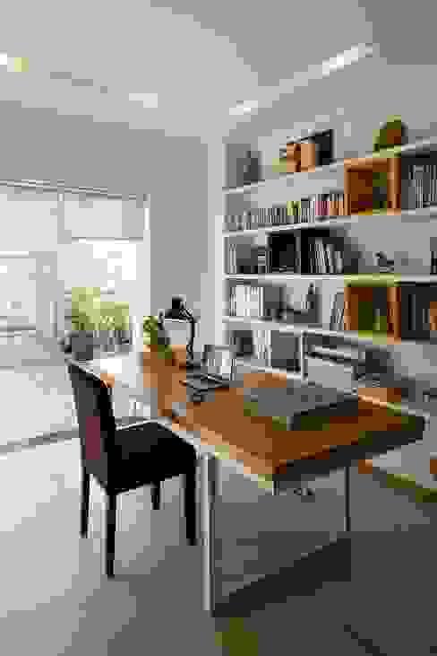 Study/office by Công ty TNHH Xây Dựng TM – DV Song Phát, Modern
