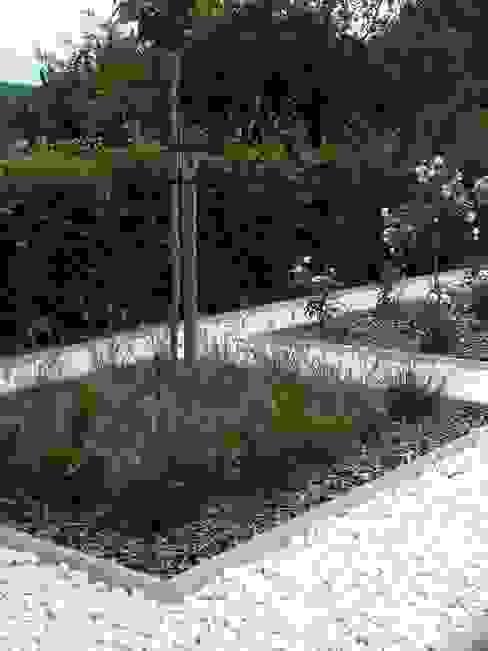 Carrara Gabionensteine in der Körnung 40-60mm Amagard.com - Gartenmaterialien Steingarten