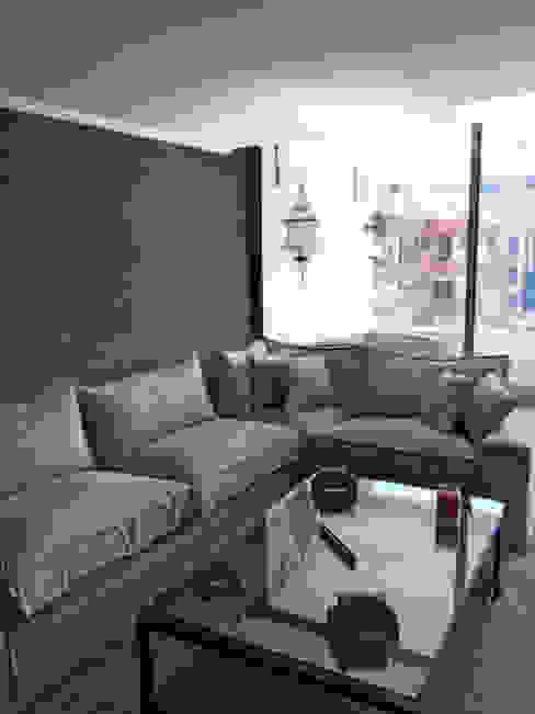 Penthouse Vitacura: Livings de estilo  por NEF Arq.