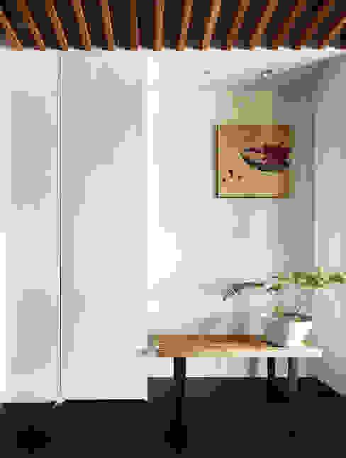 玄關 現代風玄關、走廊與階梯 根據 樸十設計有限公司 SIMPURE Design 現代風
